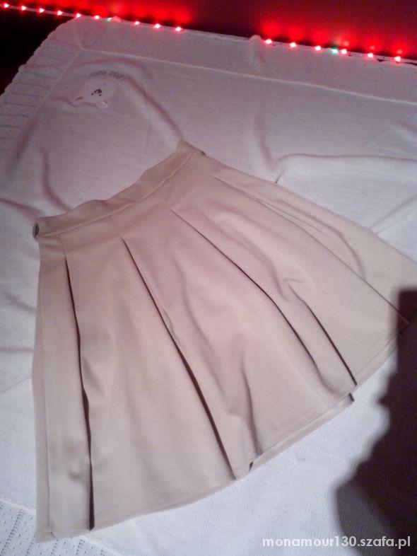 Spódnice Biała i Bezowa spodnica