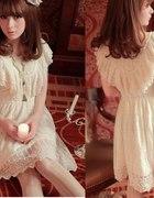 koronka lub i falbanki słodka sukienka a la lolita