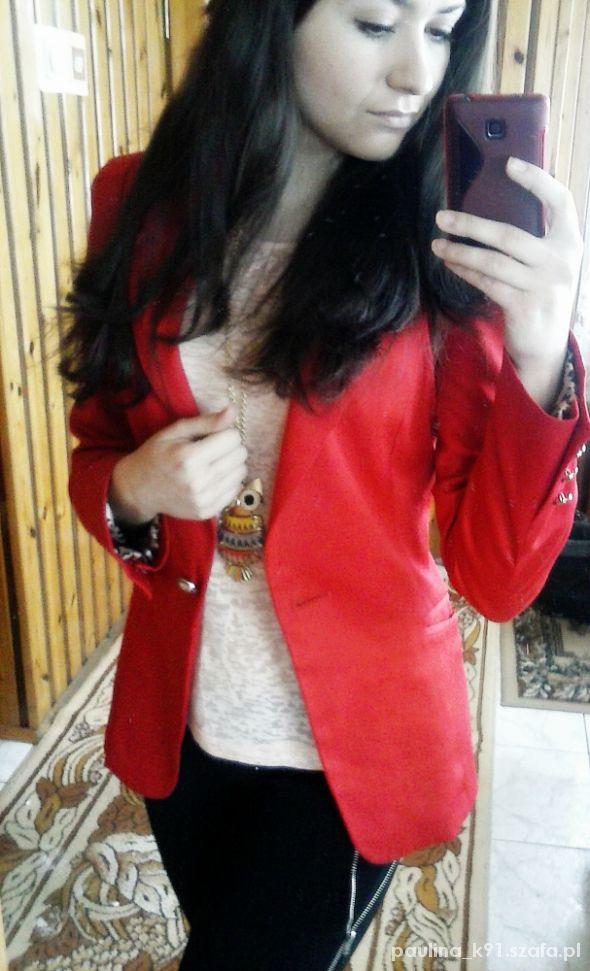 Eleganckie czerwona marynarka