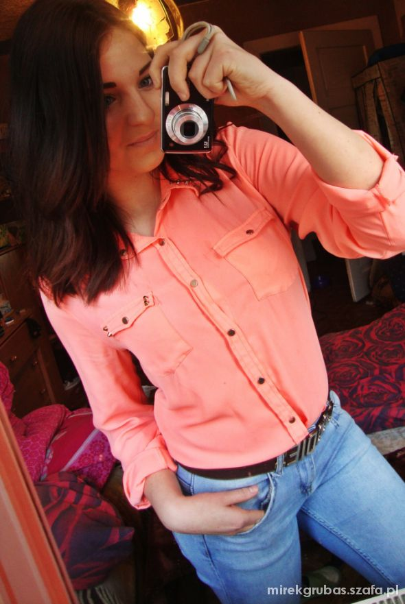 Do szkoły neonowa koszula