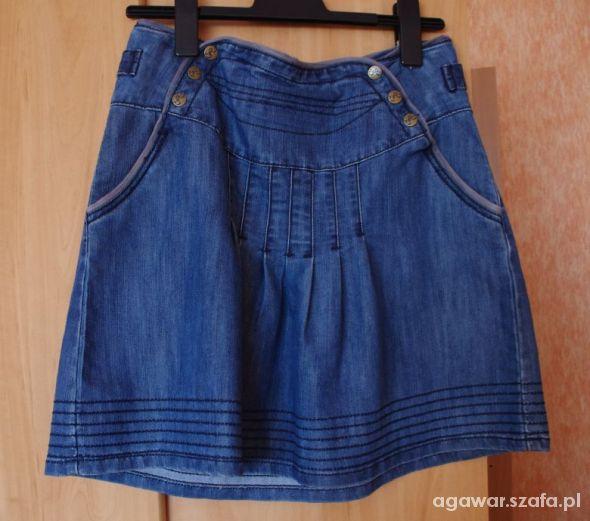 Spódnice Cropp spódniczka M