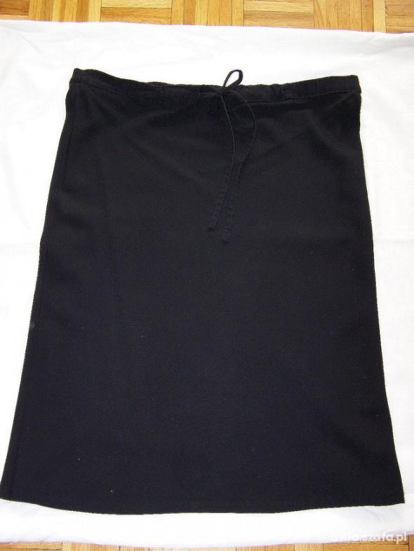 Spódnice Spódnica Wełna Komfortowy Fason Czarna by UK