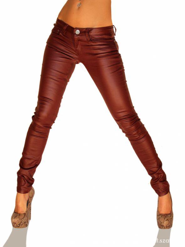 skórzane bordowe spodnie