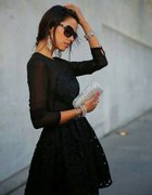 klasyczna czerń