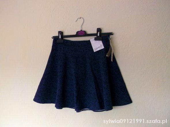 Spódnice Spódnica rozkloszowana jeansowa w linii A aztec
