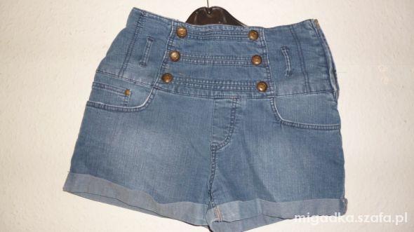 spodenki jeansowe wysoki stan wyprzedaz
