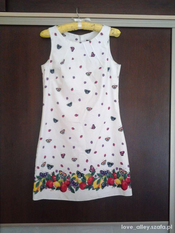01374c8913 boska sukienka motyle owoce zip S M biała w Suknie i sukienki - Szafa.pl