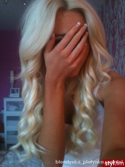 Fryzury Blond loczki