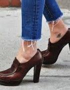 spodnie z obdartymi nogawkami 36