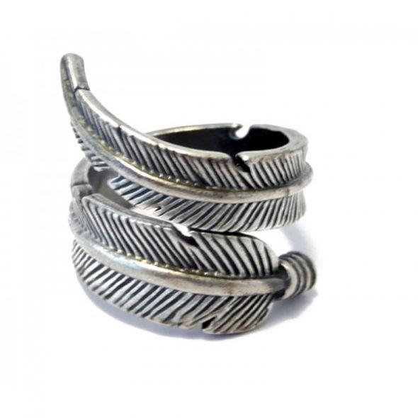 Piórka lub listki wisiorek pierścionek