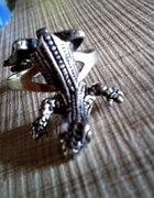Pierścionek jaszczurka srebro