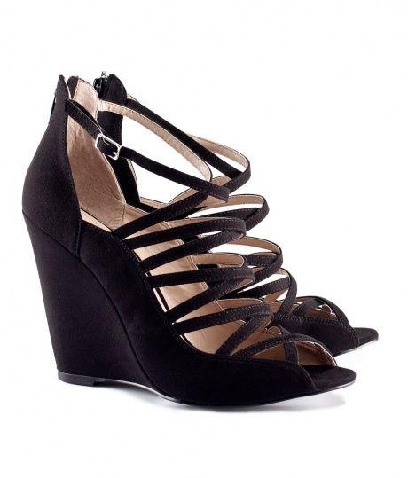 Czarne sandały na koturnie h&m...