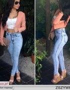 wysoki stan jeans