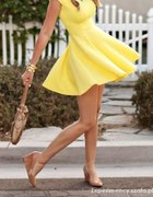 zolta sukienka