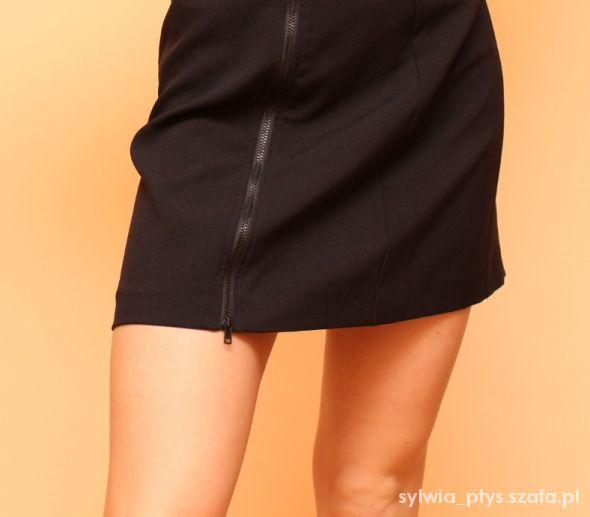 Spódnice Mała Czarna Zip M