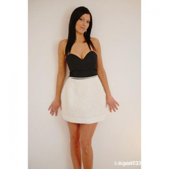 przepiękna sukienka firmy VENITT