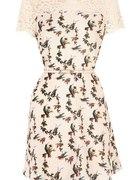 Sukienta Vintage Romwe w kolibry ptaszki