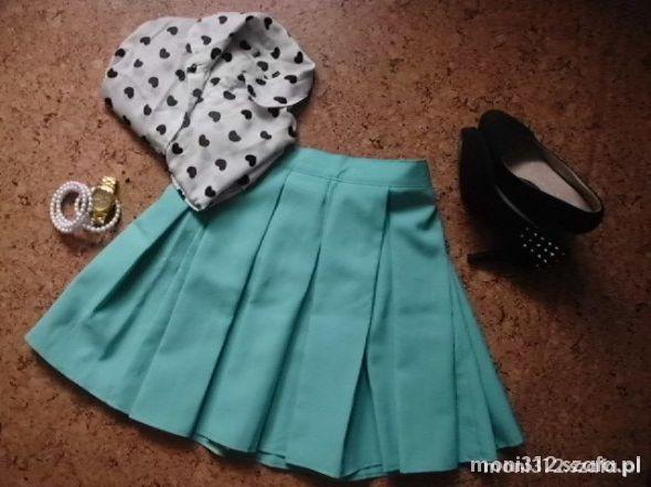 Eleganckie Mint spódniczka rozkloszowana i koszula w serca