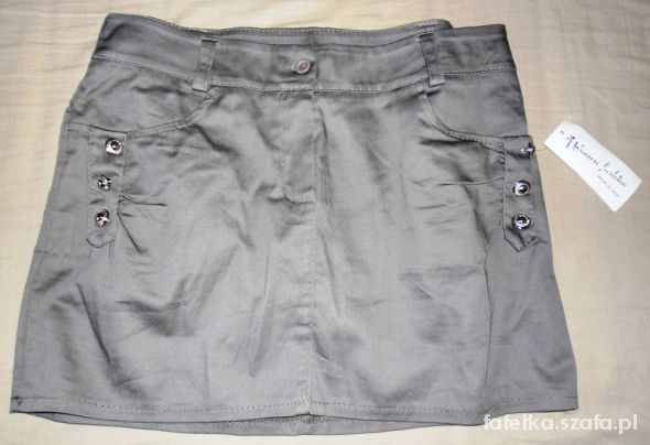 Spódnice Śliczna nowa mini spódniczka L