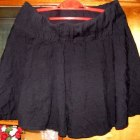 rozkloszowana czarna spódniczka goth