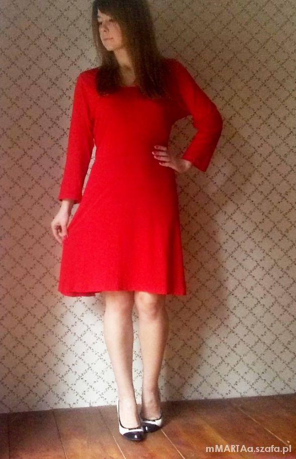 da5e869534 Atmosphere czerwona sukienka 46 48 w Suknie i sukienki - Szafa.pl
