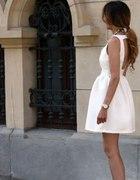 biala sukienka ZARA 34 36 odkryte plecy