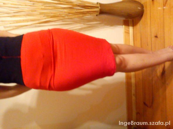 Spódnice Czerwona spódniczka mega kobieca 34 36 naciągliwa
