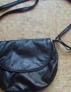 Mała czarna torebka frendel H&M
