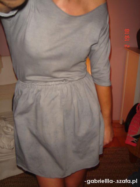 Dekatyzowana sukienka