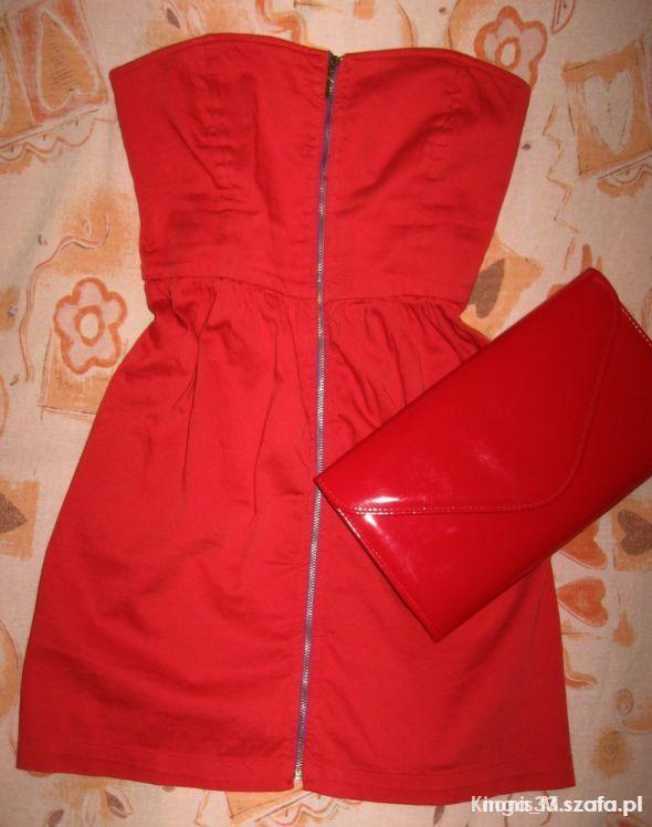 Ubrania Rozkloszowane sukienki