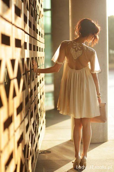 Inspiracje 2903 Niezwykłe sukienki