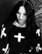 Sweter w krzyże Pastel Goth