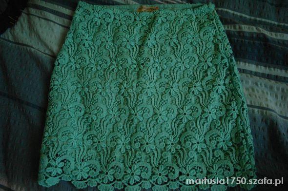 Spódnice spódniczka z koronki