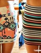 Bandażowa spódnica lub sukienka