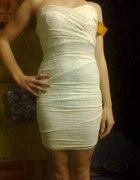 Bandażowa sukienka...