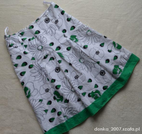 Spódnice Biała z zielonym spódnica 40x42