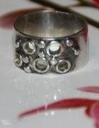 Warmet pierścionek DZIURAWIEC
