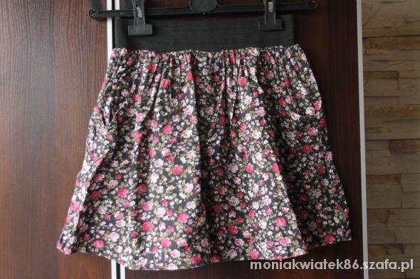 Spódnice Spódniczka floral S