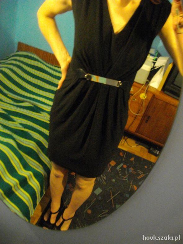Wieczorowe Czarna sukienka