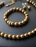 złota biżuteria w stylu glamour to czar i blask
