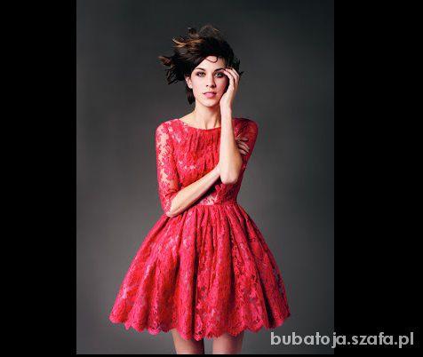 7dc790fbc7 Czerwona koronkowa rozkloszowana sukienka Erdem w Suknie i sukienki ...