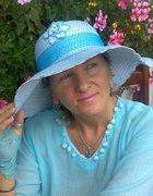 błękitny letni kapelusz