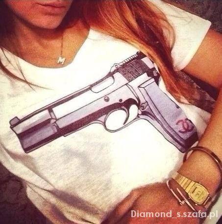 revolver chanel