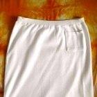 Biała spódnica z kieszonką