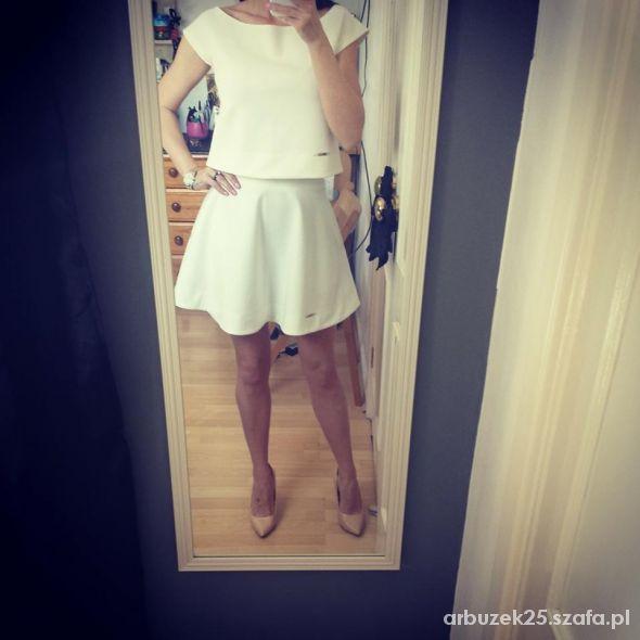 Eleganckie komplet spodnica plus blezeczka