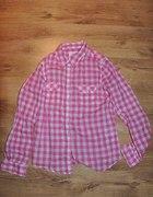 koszula różowa w kratkę