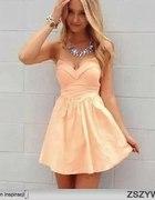 Poszukuję sukienki