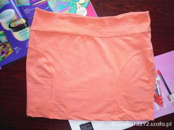 Spódnice brzoskwiniowa mini M