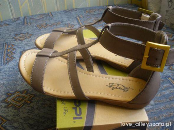 nowe śliczne sandałki rzymianki 38 39