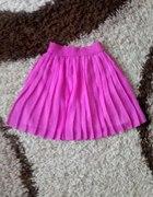 modna plisowana spódniczka neon